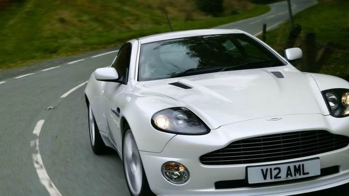 Aston Martin Vanquish 2007 In White Color