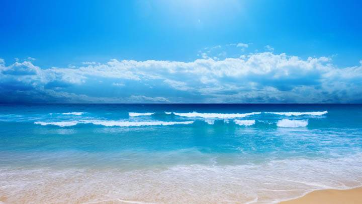 Cool Blue Sea Shore Scene And Waves