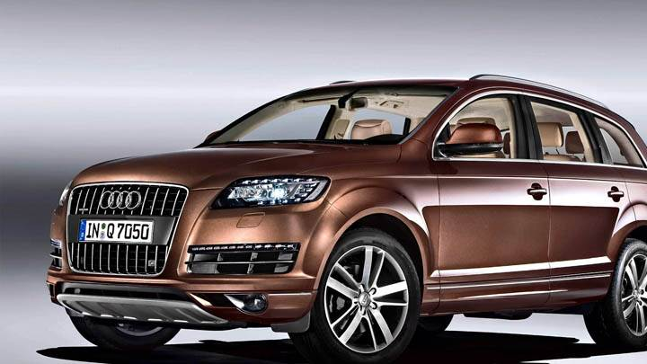 2010 Audi Q7 30 TDI Brown Color Front Side Pose