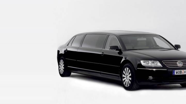 Volkswagen Phaeton Lounge Black Car