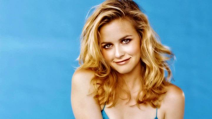 Alicia Silverstone Golden Hair N Looking Front