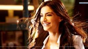Sonam Kapoor Laughing In I Hate Luv Storys