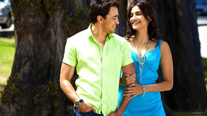Sonam And Imran Ashiqui In park