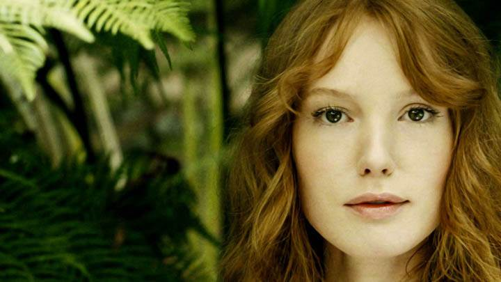 Alicia Witt Elle Magazine Photoshoot