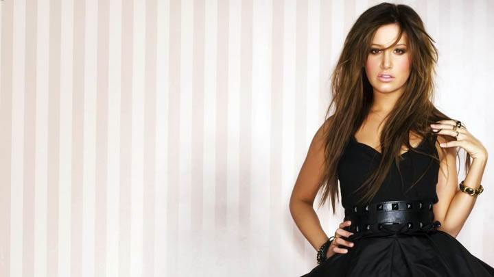 Ashley Tisdale Black Dress Looks Good