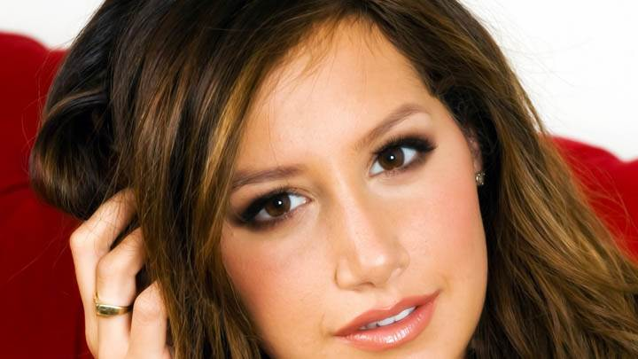 Ashley Tisdale Cute Face Close-up