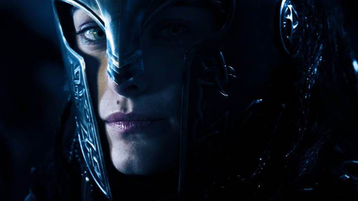 Kareena Kapoor Pink Lips Sitting Wallpaper