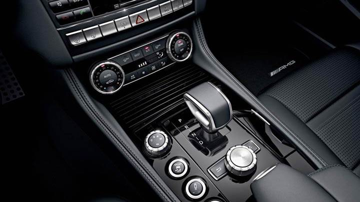 2012 Mercedes-Benz CLS63 AMG Gear Panel