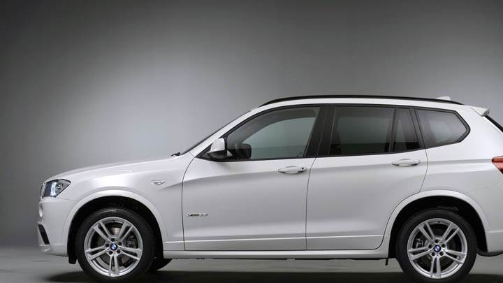 BMW X3 White Side Picture