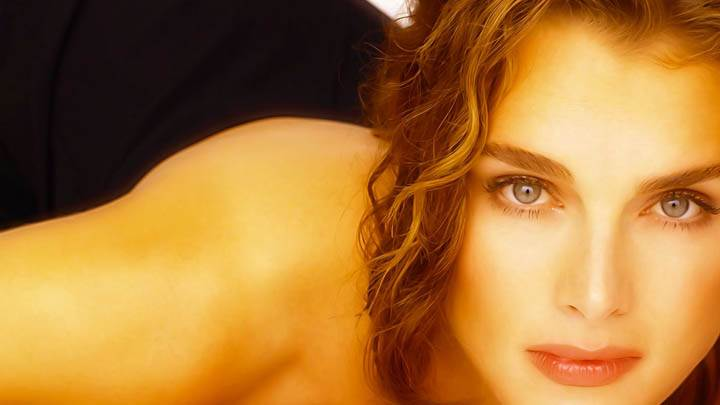Brooke Shields Face Colseup Picture