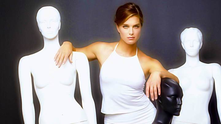 Brooke Shields Photoshoot With Dummies White Dress