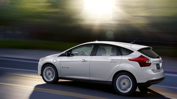 Ford Focus EV On Highway