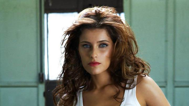 Nelly Furtado White Top Red Lips
