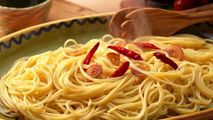 Served Noddles With Red Chilli