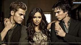 Vampire Diaries – Elena Posing with Stefan And Damon