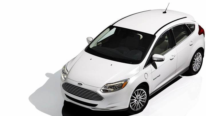 White Ford Focus EV Top Front Shoot