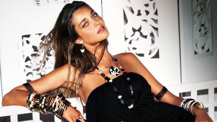 Ana Beatriz Barros Black Dress Lots Of Jewellery