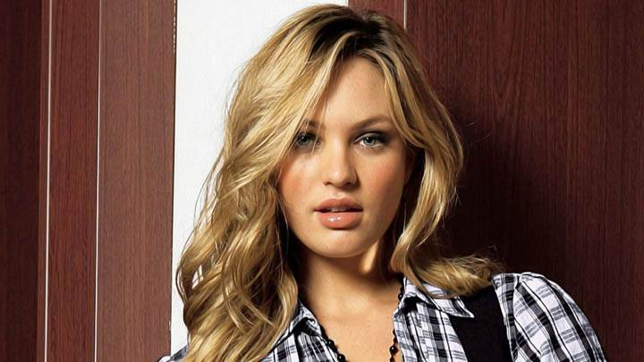 Candice Swanepoel Black White Shirt Wet Lips