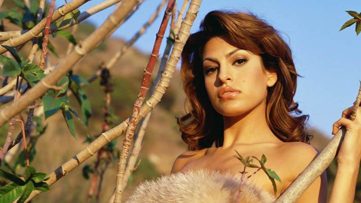 Eva Mendes Sad Face Photoshoot