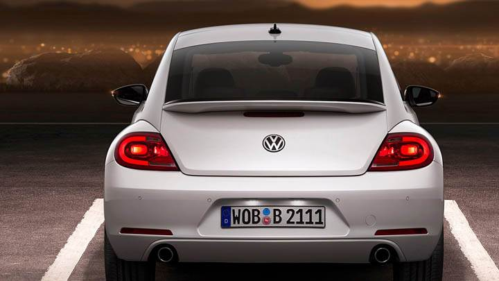 2012 Volkswagen Beetle Back Pose