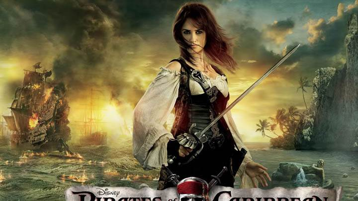Angelica With Sword in Pirates of the Caribbean 4