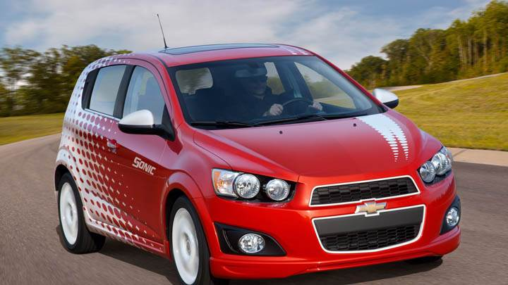 Chevrolet Sonic Z-Spec Front Pose in Red Color