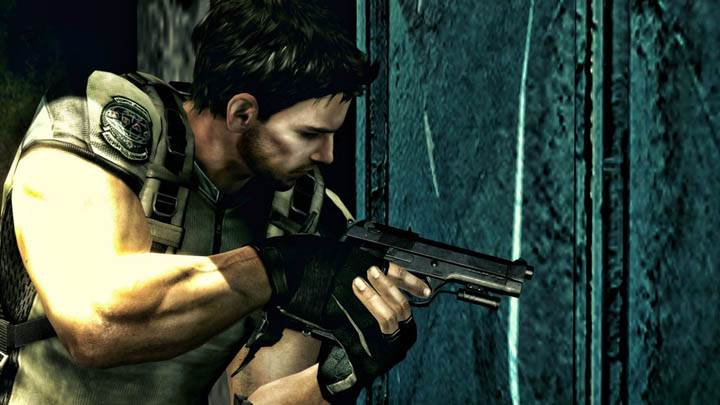 Chris Sneaking at Door in Resident Evil 5