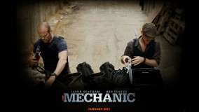 Jason Statham & Ben Foster Checking Their Tools
