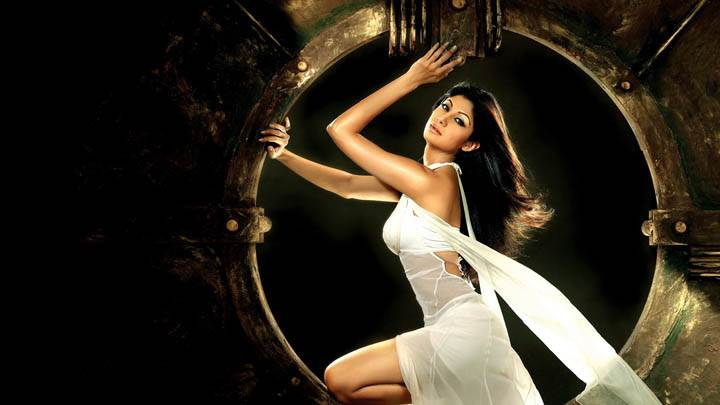 Shilpa Shetty in White Dress