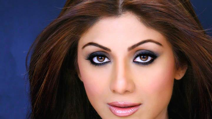 Shilpa Shetty Pink Lips Face Closeup