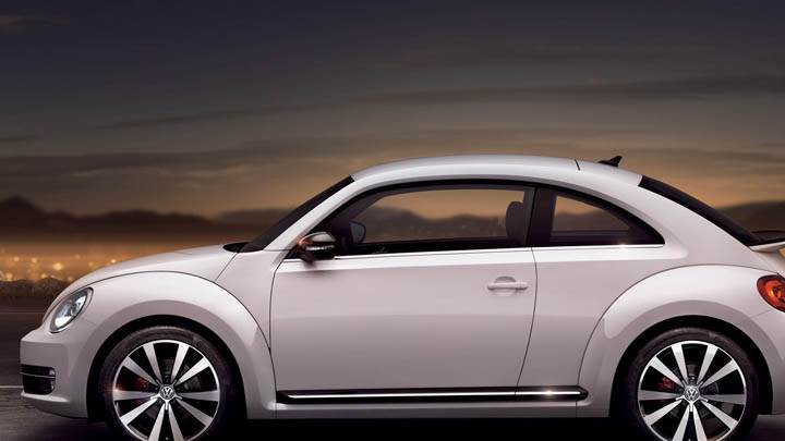Side View of Volkswagen Beetle 2012