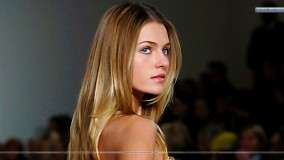 Valentina Zelyaeva Russian Model On Ramp Golden Hair