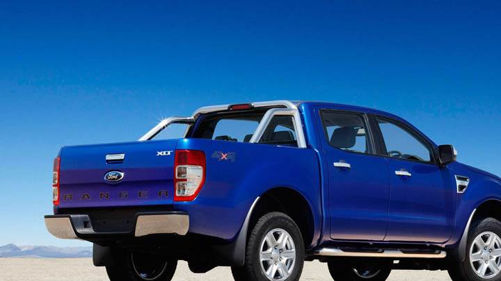 2011 Ford Ranger Wildtrak Side View Blue Color