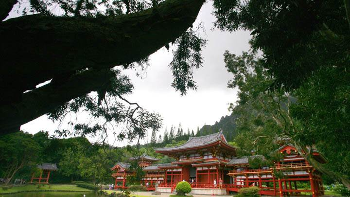 Byodo-In-Temple, Japanese Temple, Oahu, Hawaii