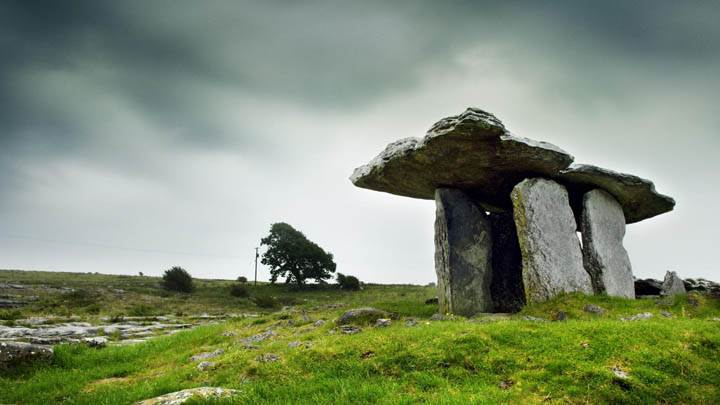 Dolman at Poulnabrone, The Burren, County Clare, Ireland