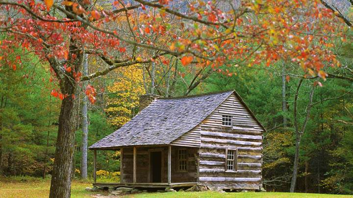 Historic Log Cabin in the Smoky Mountains