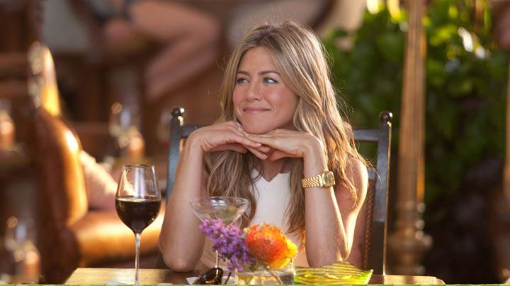 Jennifer Aniston Smiling in Just Go With It