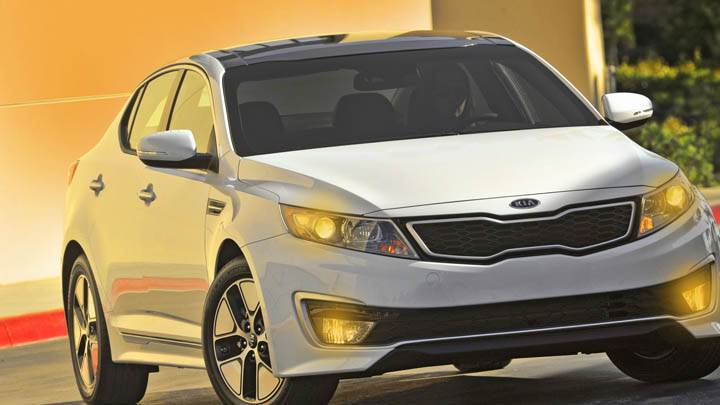 Kia Optima Hybrid Front View