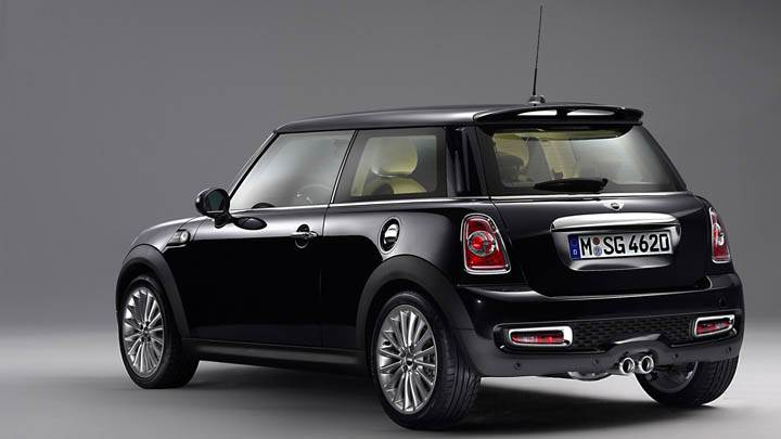 Mini Inspired By Goodwood Black Color