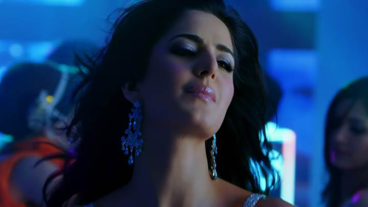 Katrina Inviting Saif in Race Movie