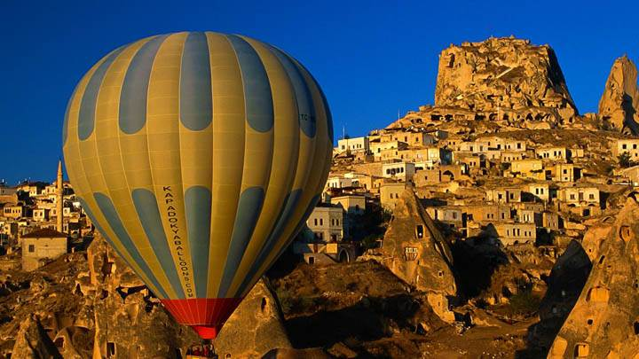 Sightseeing by Balloon, Uchisar, Nevsehir, Turkey