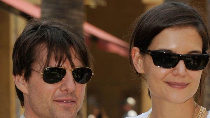 Tom Cruise – Wearing Black Goggles