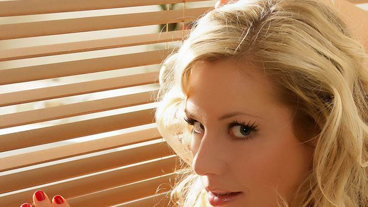 Abi Titmuss Side Face Closeup