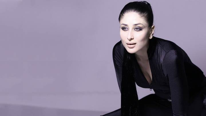 Kareena Kappor – Modeling Pose In Black Dress