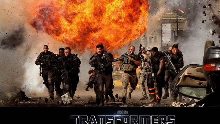 Soldiers Running in Transformers 3 Dark of the Moon