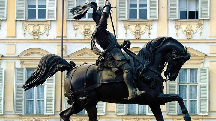Statue of the Duke of Savoy, San Carlo Square