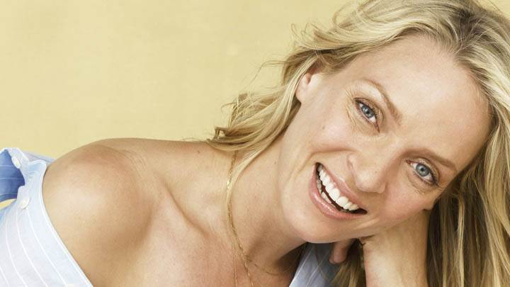 Uma Thurman Face Closeups Laughing Photoshoot
