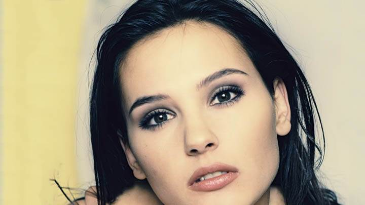 Virginie Ledoyen Brown Lips & Face Closeups