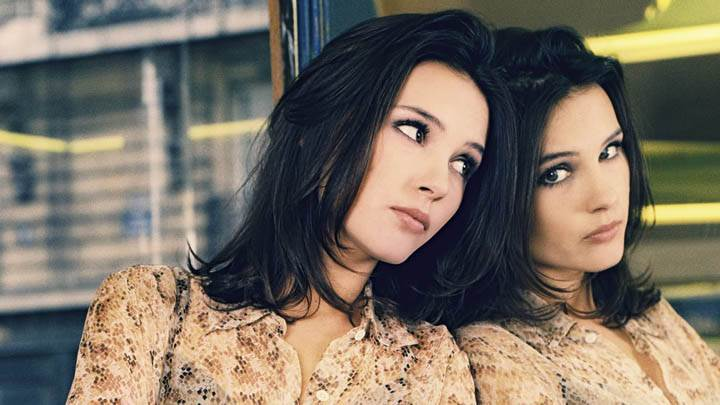 Virginie Ledoyen Standing With Mirror