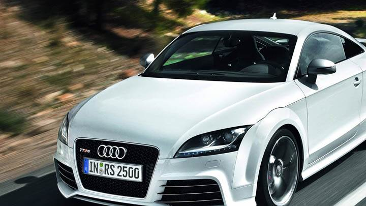 Audi TT-RS Running on Highway